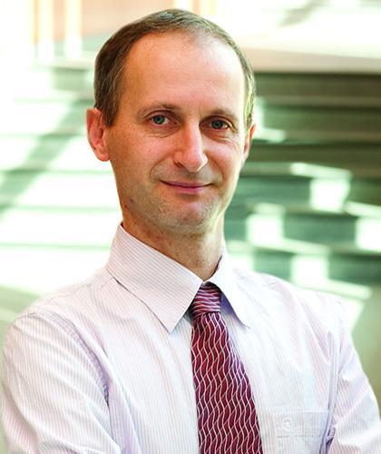 Dr. Peter Swaan
